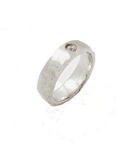 Hand-Hammer Gold Diamond Ring